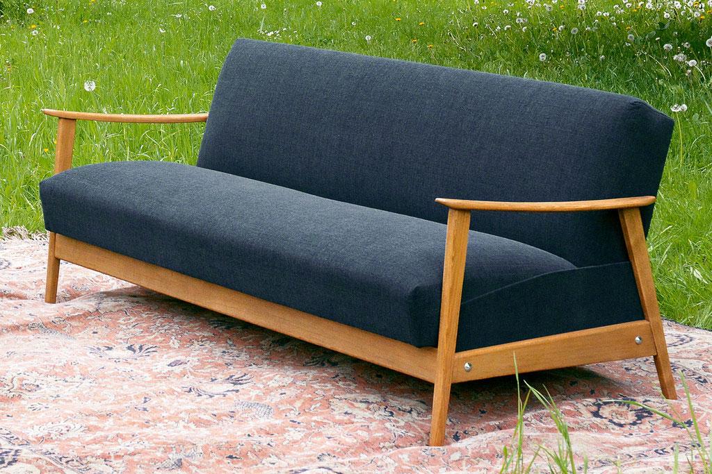 Espen Sofa Skandinavisches Design Chair Me Up