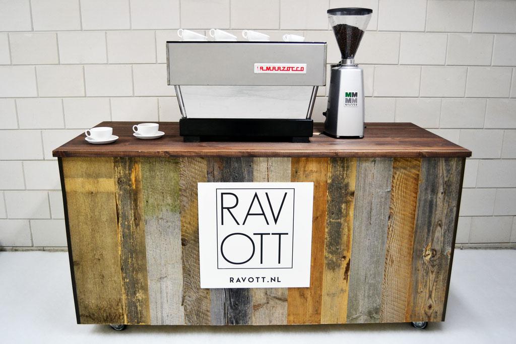Reclaimed barnwood RAVOTT style