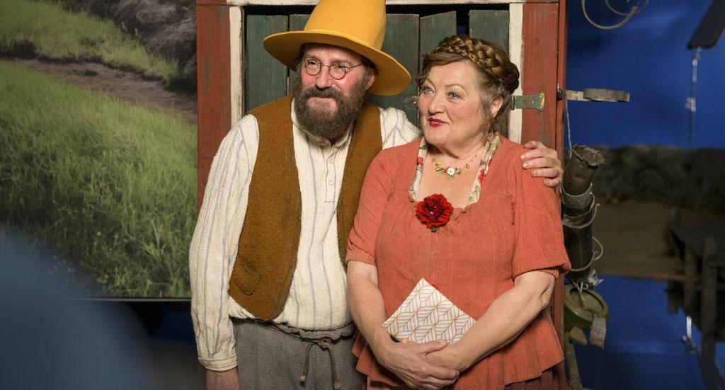 Stefan Kurt (Pettersson) und Marianne Sägebrecht (Beda) am Set in Erfurt. Fotografin: Anke Neugebauer