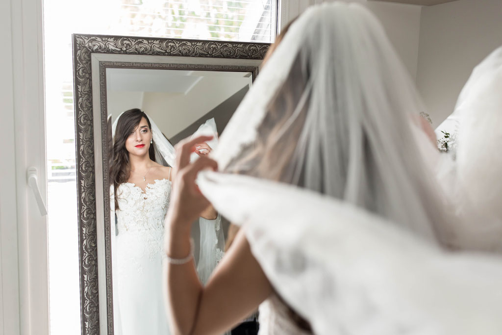 Videograf für romantisches Hochzeitsvideo in Stuttgart oder in ganz Deutschland