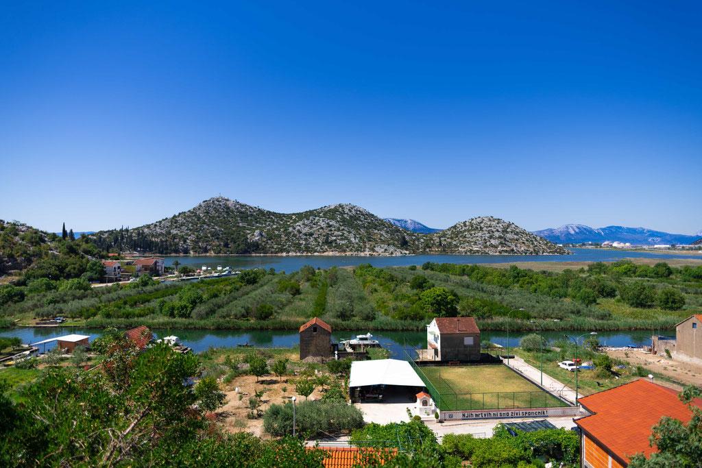 in Richtung Opuzen, Kroatien, (ungefähre Koordinaten 43.026821, 17.524469) öffnet sich ein anderer wunderbarer Blick