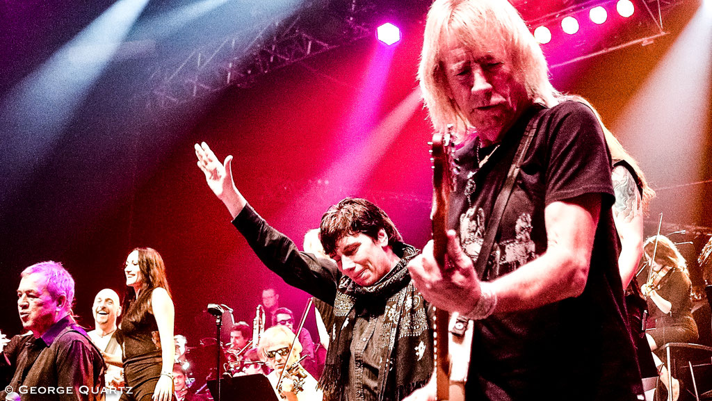 "Rick Parfitt (Status Quo), Eric Martin (Mr. Big) - ""Rock meets Classic"" 2015"