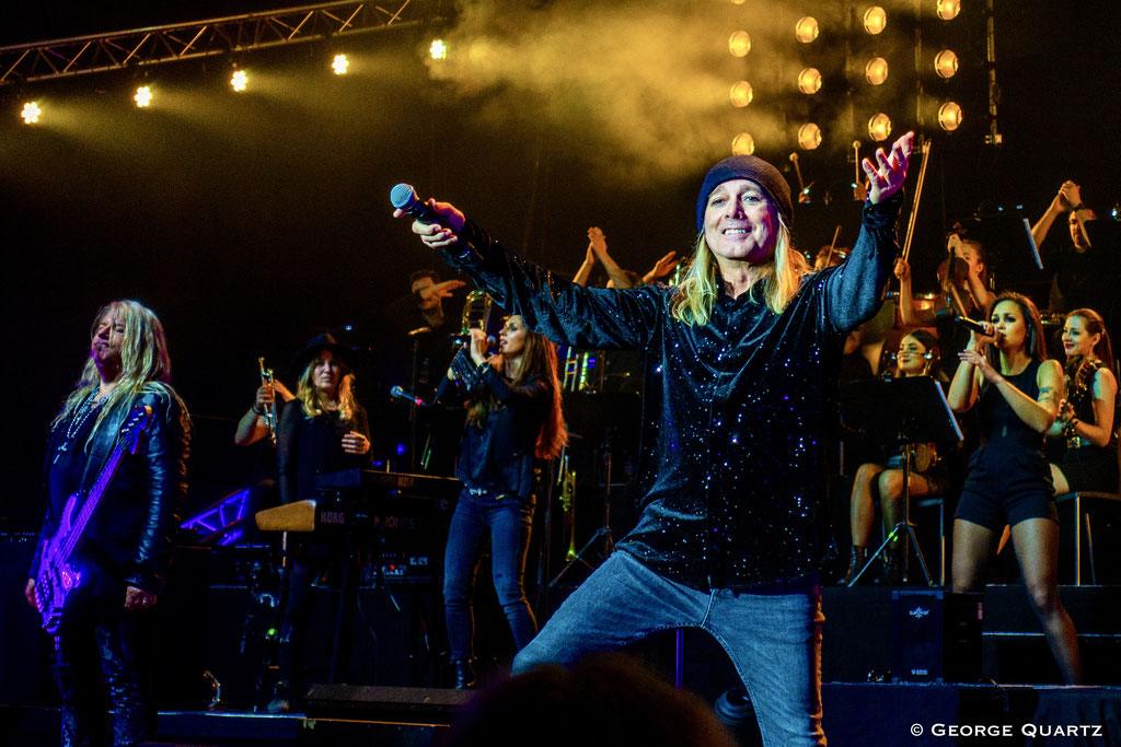 "Robin Zander (Cheap Trick) ""Rock Meets Classic 2020"" Berlin"