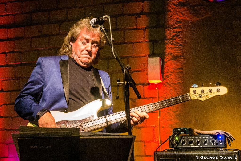 JCM (Mark Clarke, Clem Clempson, Ralph Salmins) in Hannover @ Blues Garage