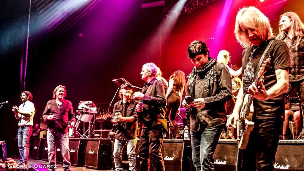"Grand Final - from left: John Wetton (Asia), Storace (Krokus),  Ian Gillan (Deep Purple), Eric Martin (Mr. Big) - ""Rock meets Classic"" 2015"