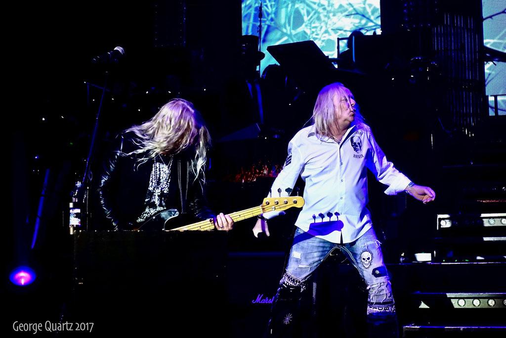 "Mat Sinner,Bernie Shaw (Uriah Heep) -""Rock meets Classic"" 2017 in Berlin"