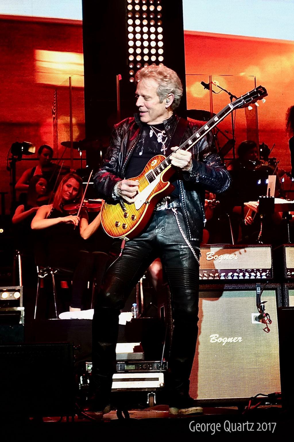 """Don Felder (Eagles) - """"Rock meets Classic"""" 2017 in Berlin"""