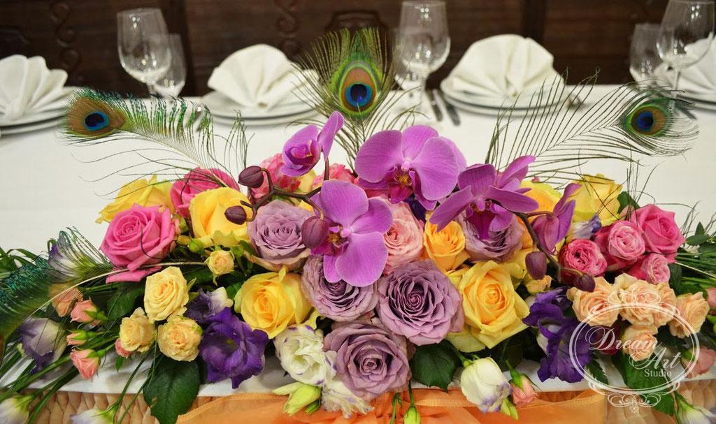 Ніжні квіти фаленопсисів - як завжди, поза конкуренцією :)