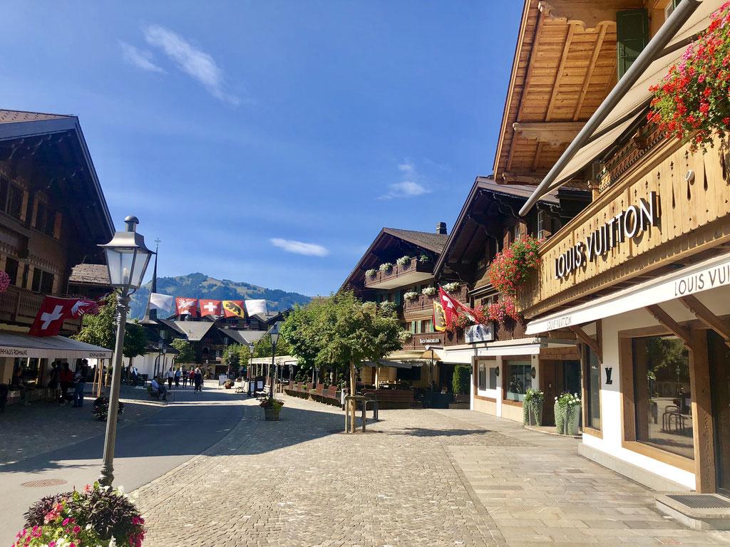 Gstaad, Gstaad Dorf, Louis Vuitton