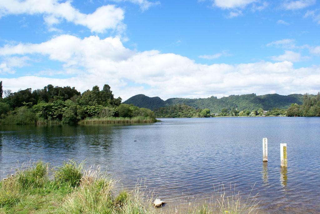 LAKE OKEREKA BEI ROTORUA