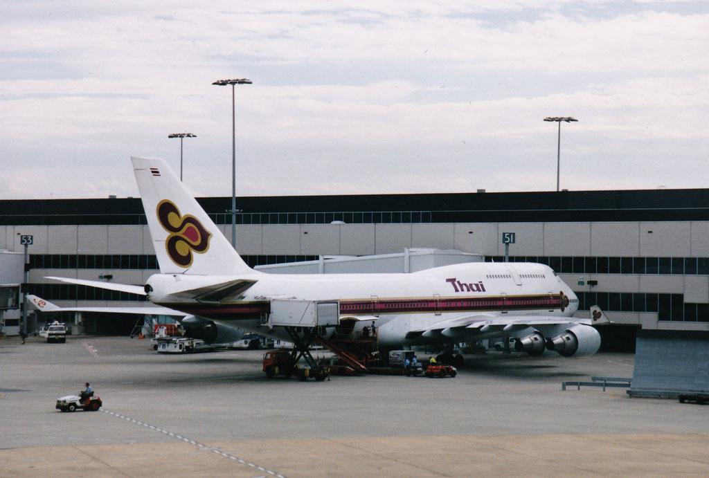 WIR FLIEGEN WEITER MIT THAI AIRWAYS NACH PHUKET