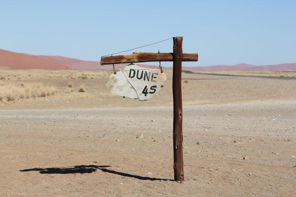 Die bekannteste aller Dünen im Sossusvlei ist die Düne 45