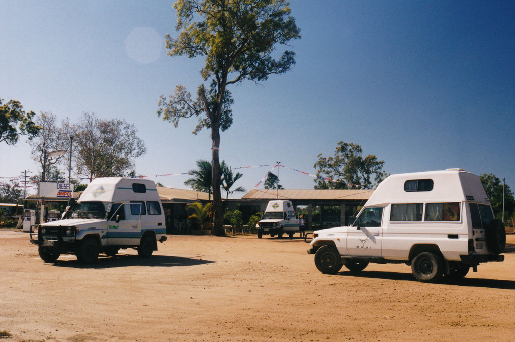 CAMPGROUND AM LAKE TINAROO