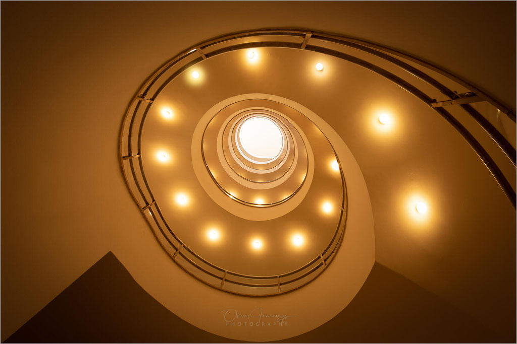 Disch Haus, Köln, Treppenhaus, Deutschland, Germany  © Oliver Jerneizig