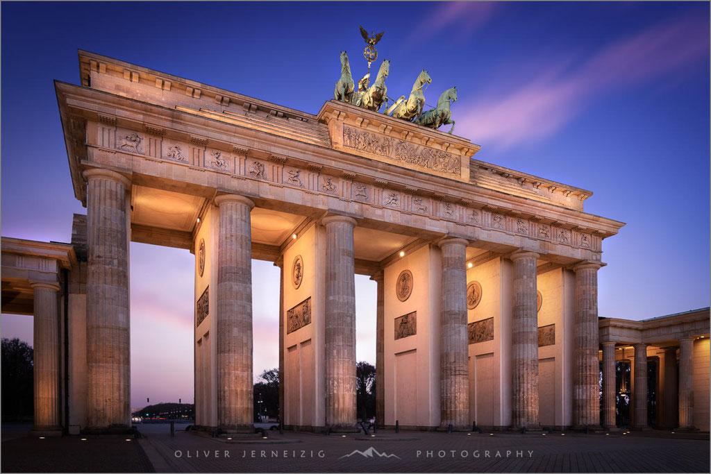 Brandenburger Tor, Berlin, Hauptstadt, Deutschland, Allemagne, Duitsland, Germany  © Oliver Jerneizig