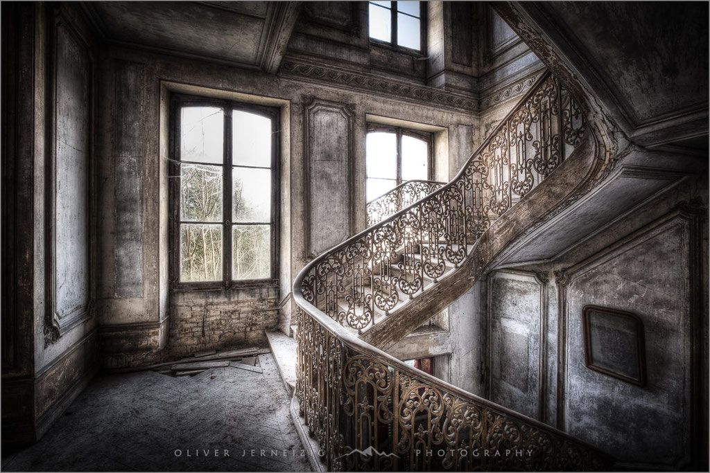 Chateau Secession, Lost Place, Villa, Frankreich, France,  © Oliver Jerneizig