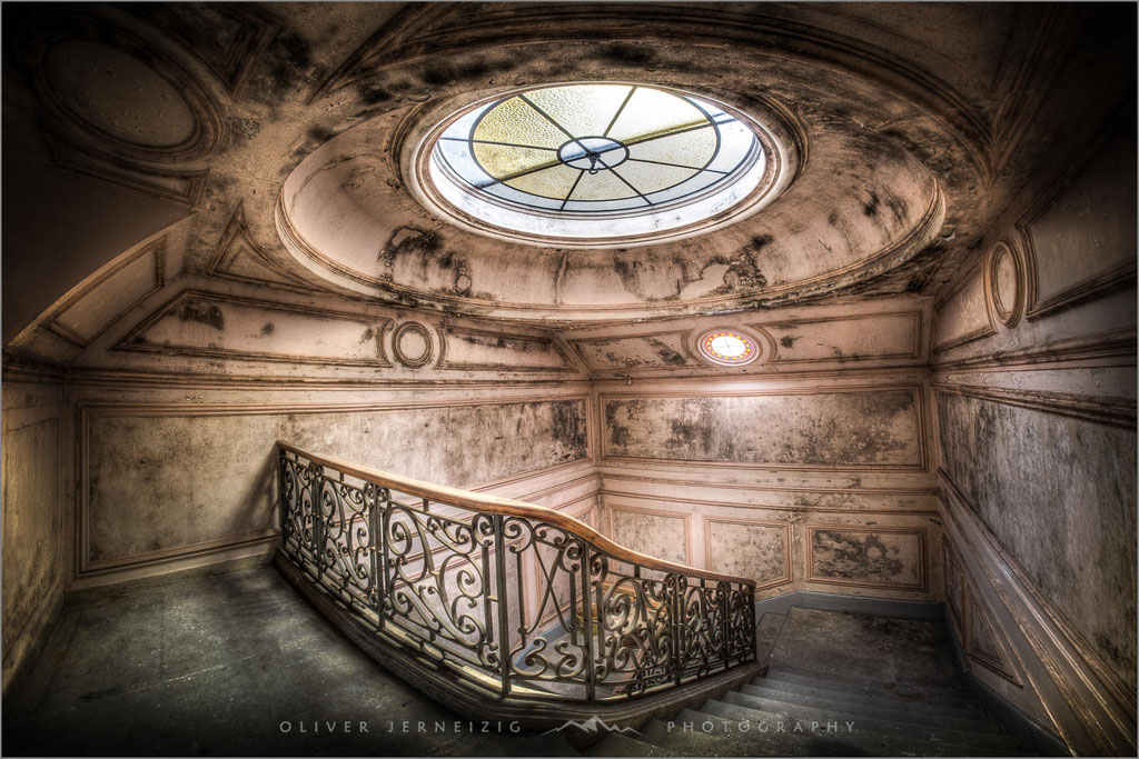 Chateau Muet, Villa, Lost Place, Frankreich, France,  © Oliver Jerneizig