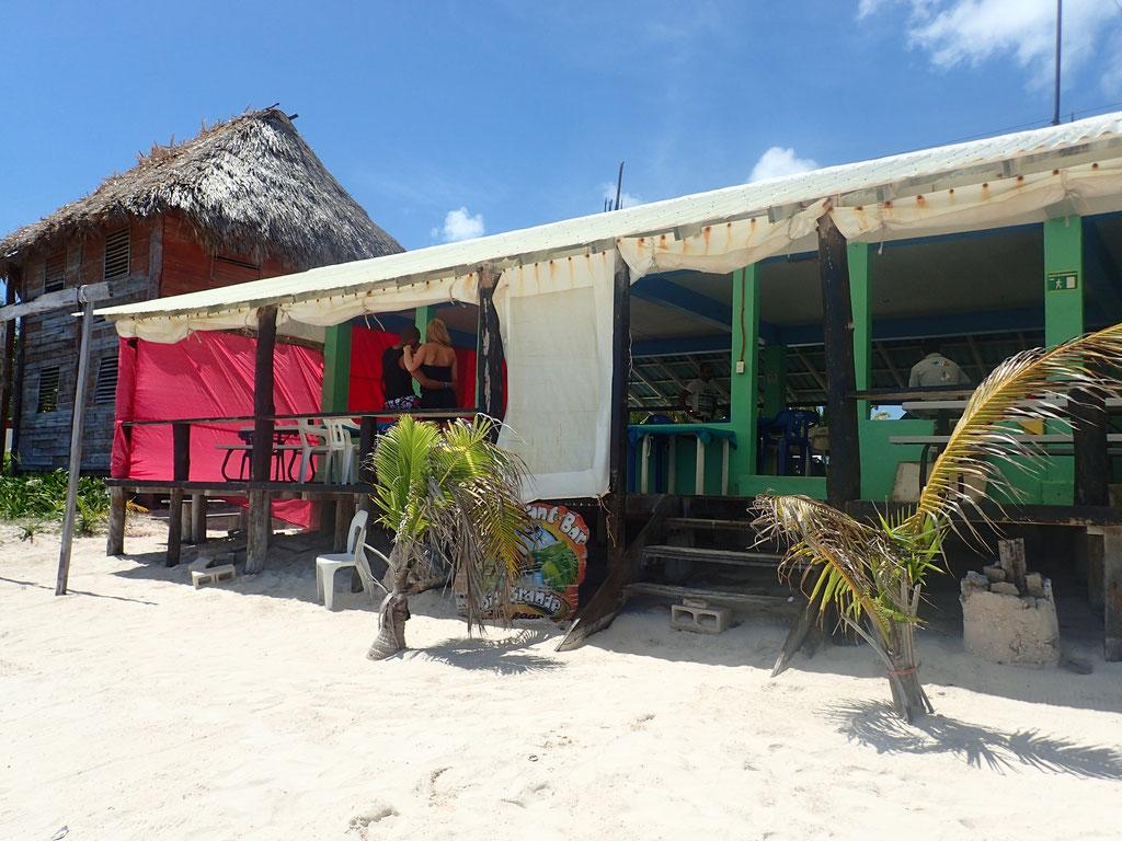 Restaurant de plage, village SIAN KA AN