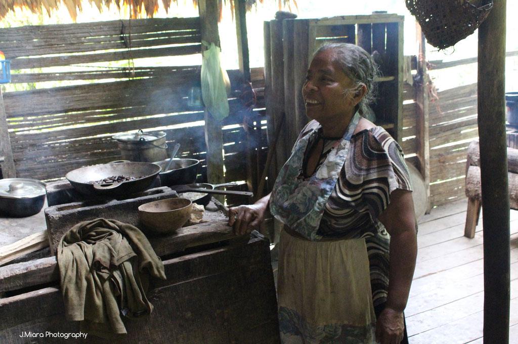 En cuisine chez les Bribris, cote caraibe