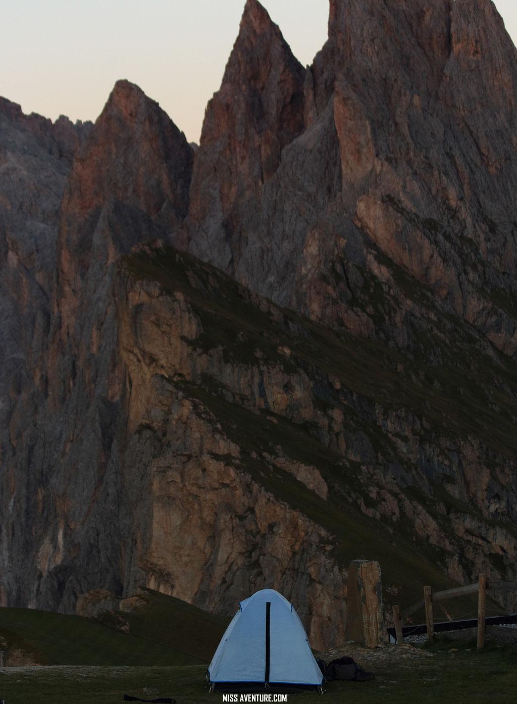 Dernier bivouac dans les Dolomites.