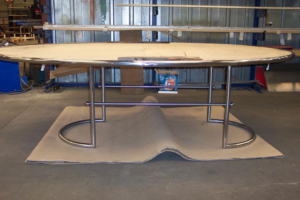 CMC Métallerie Avranches(50)-Mobilier- Structure métallique pour table