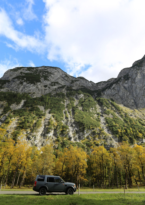 ©a.Kirchbichler_LandRover_Berge