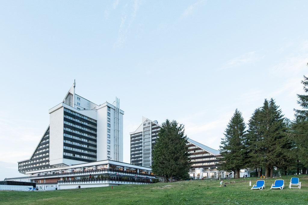 Interhotel Panorama (Krešimir Martinković, Kollektiv Arhitektura i Urbanizam), heute Panorama Hotel Oberhof, Oberhof (D)
