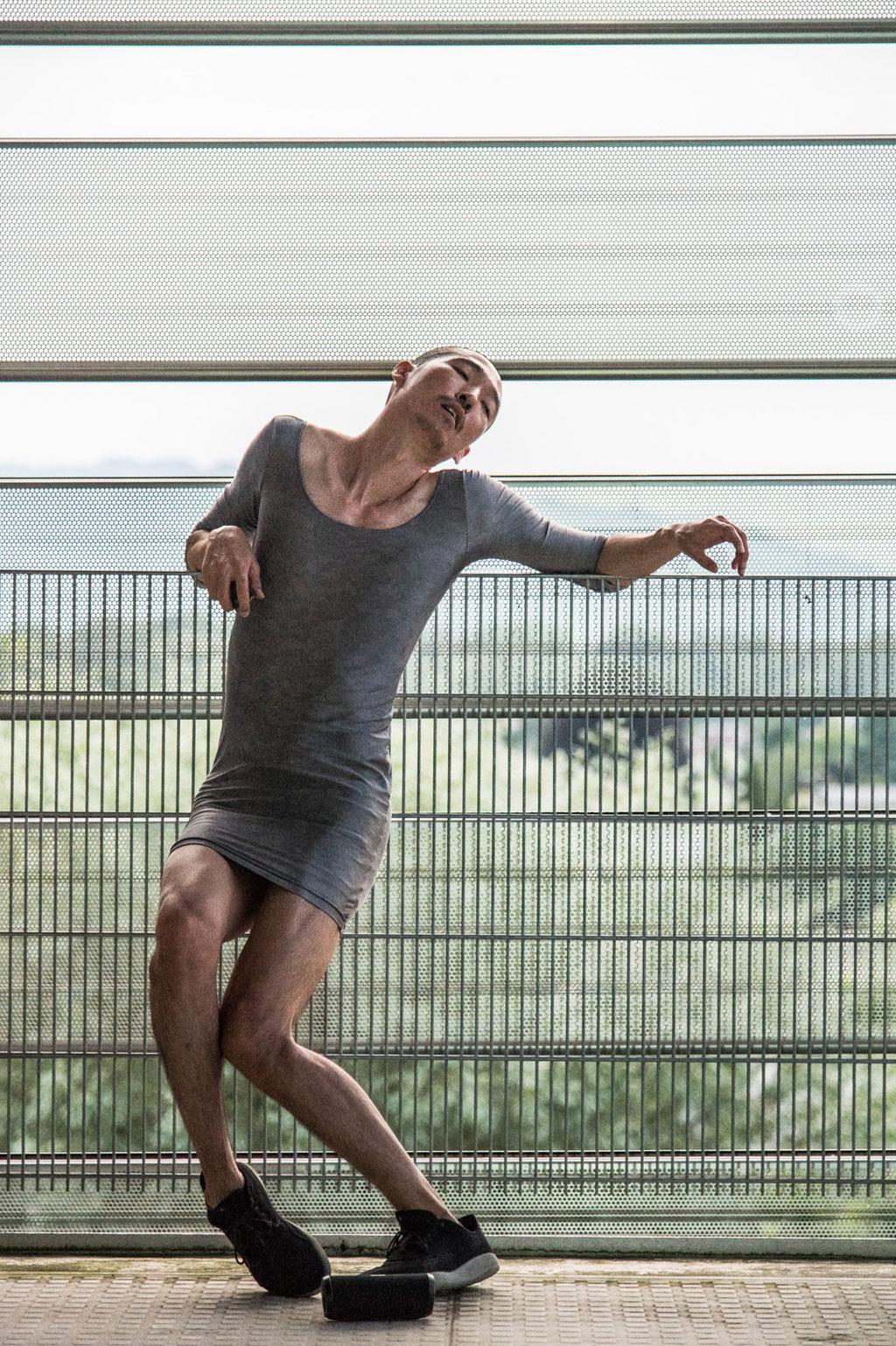 """Liquid Loft / Chris Haring """"Stand-Alones (polyphony)"""", Tanz Ist Exceptional 2021, Spielboden Dornbirn (A)"""