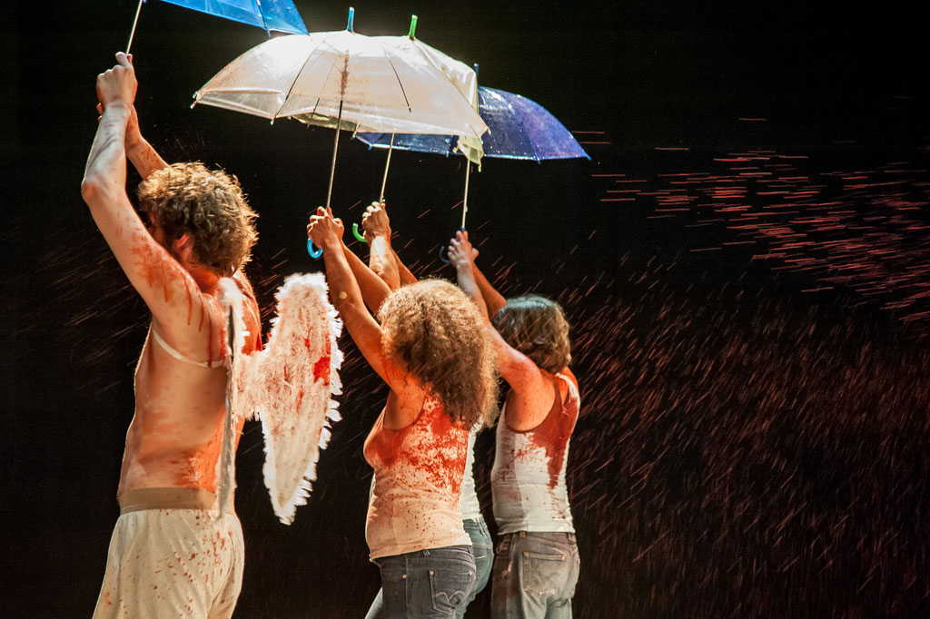 "Aktionstheater Ensemble, ""Ich Glaube"", 2017, Kosmos Bregenz (A)"