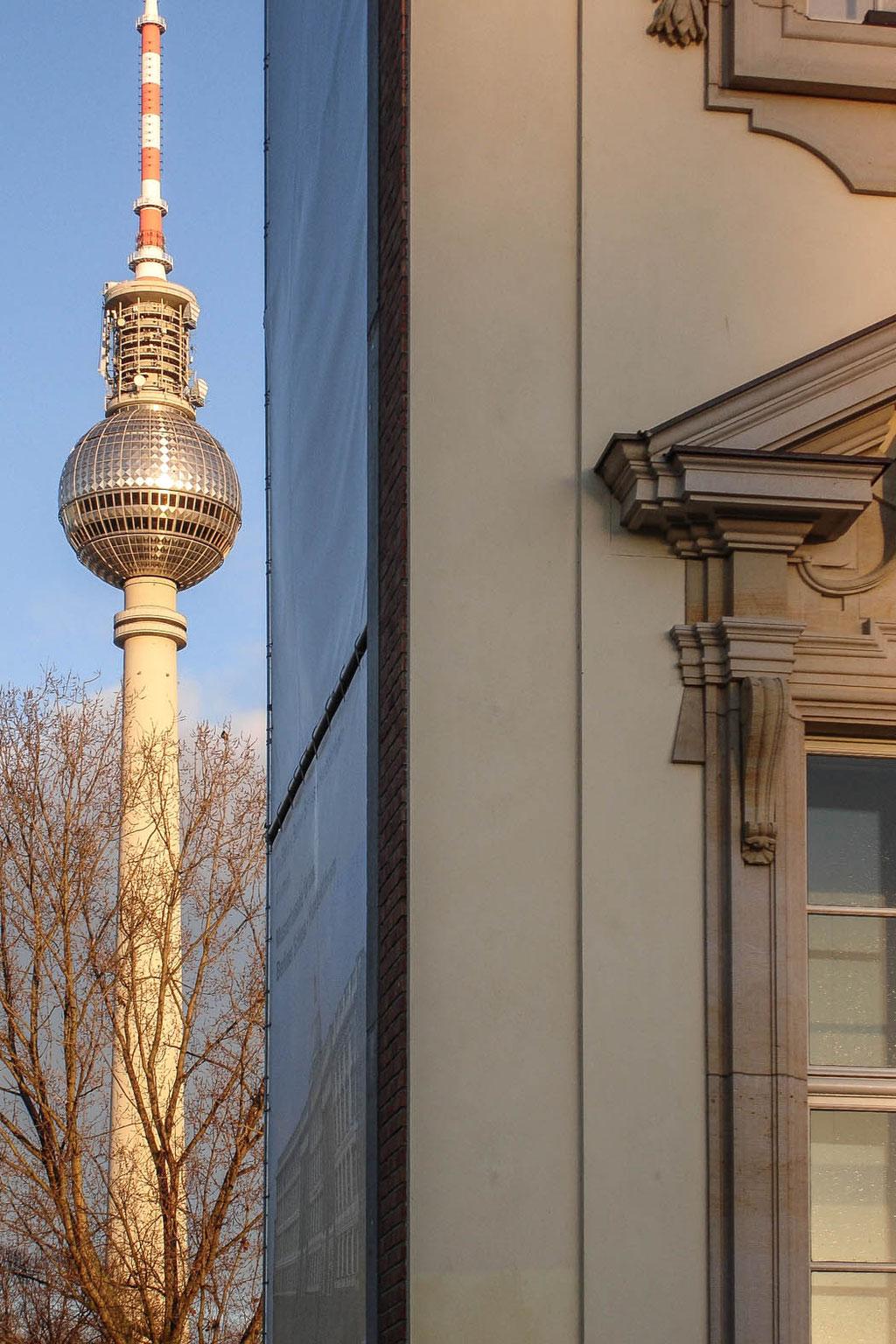 Fernsehturm Alexanderplatz (Fritz Dieter, Günter Franke, Hermann Henselmann), Berlin (D)
