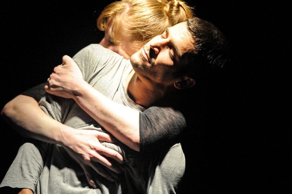 """Liquid Loft / Chris Haring / Michel Blazy """"The Perfect Garden"""", Tanz Ist Festival 2012, Spielboden Dornbirn (A)"""