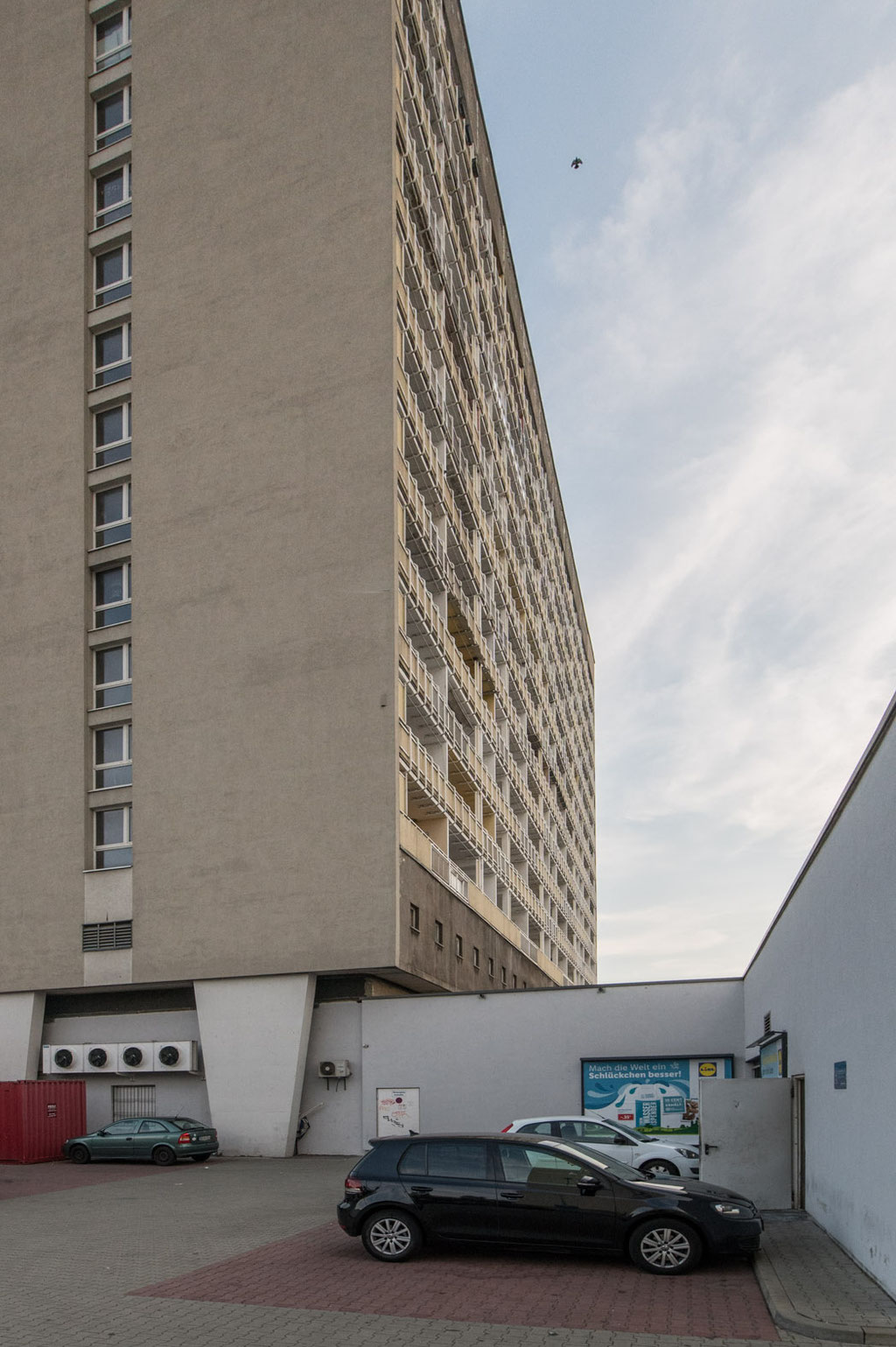Appartementhochhaus P27 (Kollektiv Herbert Löschau, Hans Kriesche, Gerhard Landgraf), Dresden (D)