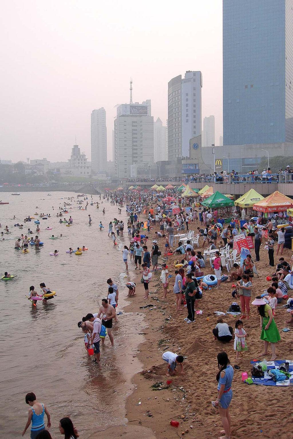 Qingdao Strand/beach, Qingdao (CN)