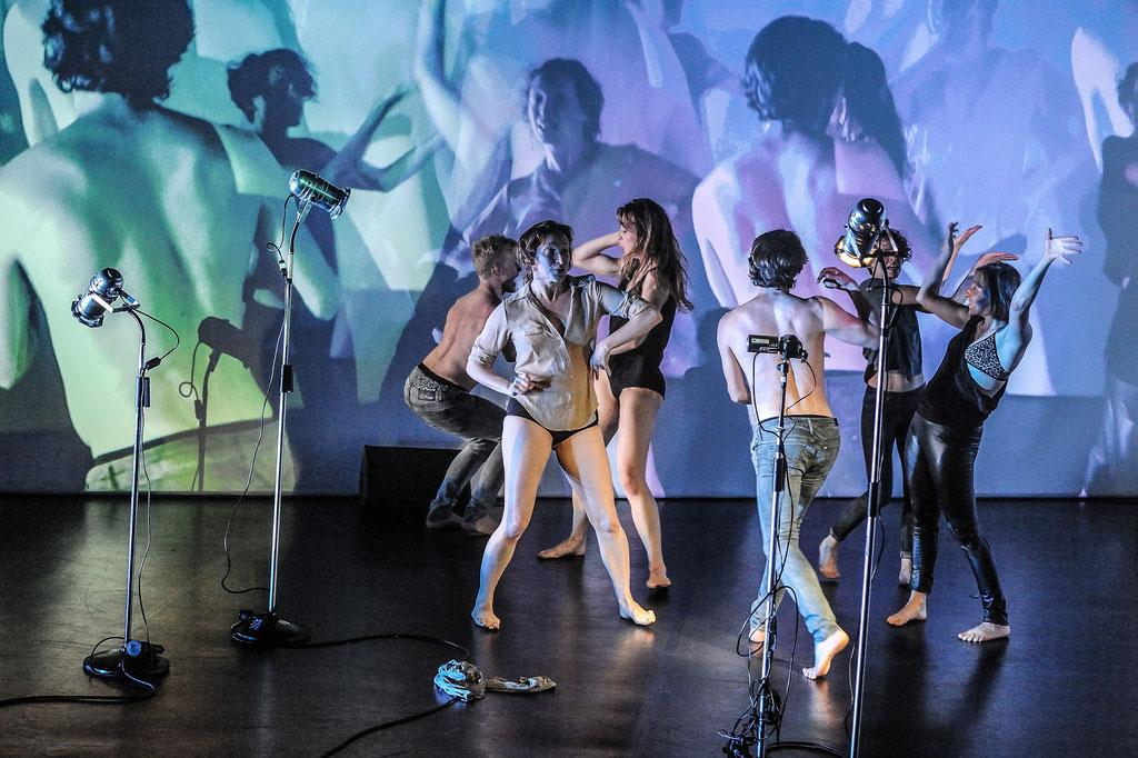 "Liquid Loft / Chris Haring ""False Coloured Eyes"", Tanz Ist Festival 2016, Spielboden Dornbirn (A)"