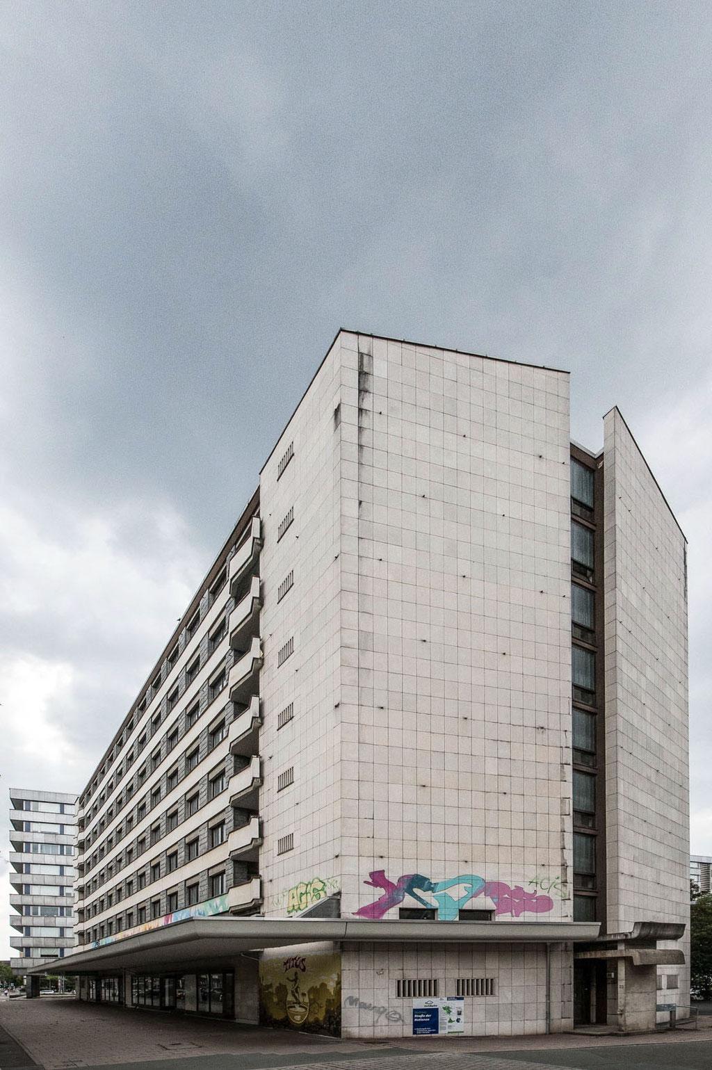 Wohn- und Geschäftshaus, Straße der Nationen, Chemnitz (D)
