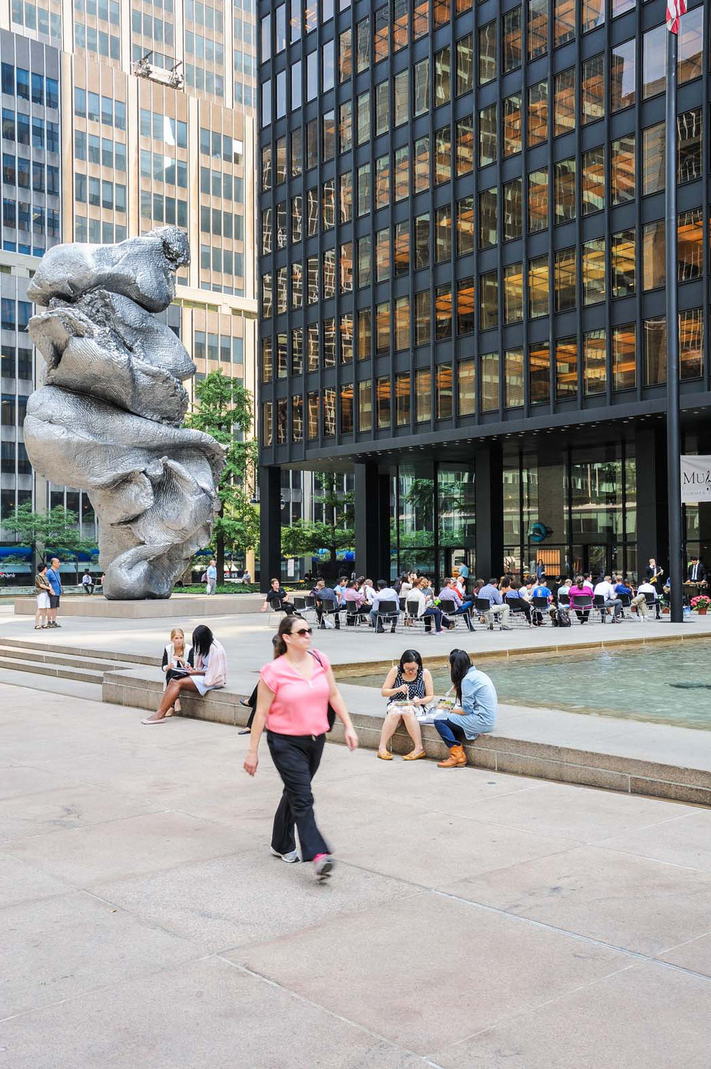 Seagram Building (Ludwig Mies van der Rohe, Philip Johnson), New York City (USA)