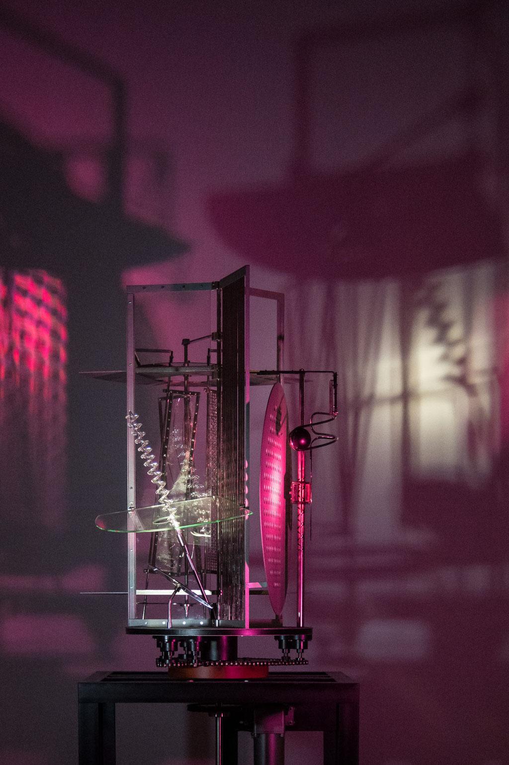Bauhaus Museum, Licht-Raum-Modulator / Light room modulator (László Moholy-Nagy), Dessau (D)