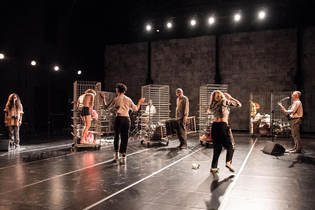 """Aktionstheater Ensemble, """"Bürgerliches Trauerspiel"""", 2020, Kosmos Bregenz (A)"""