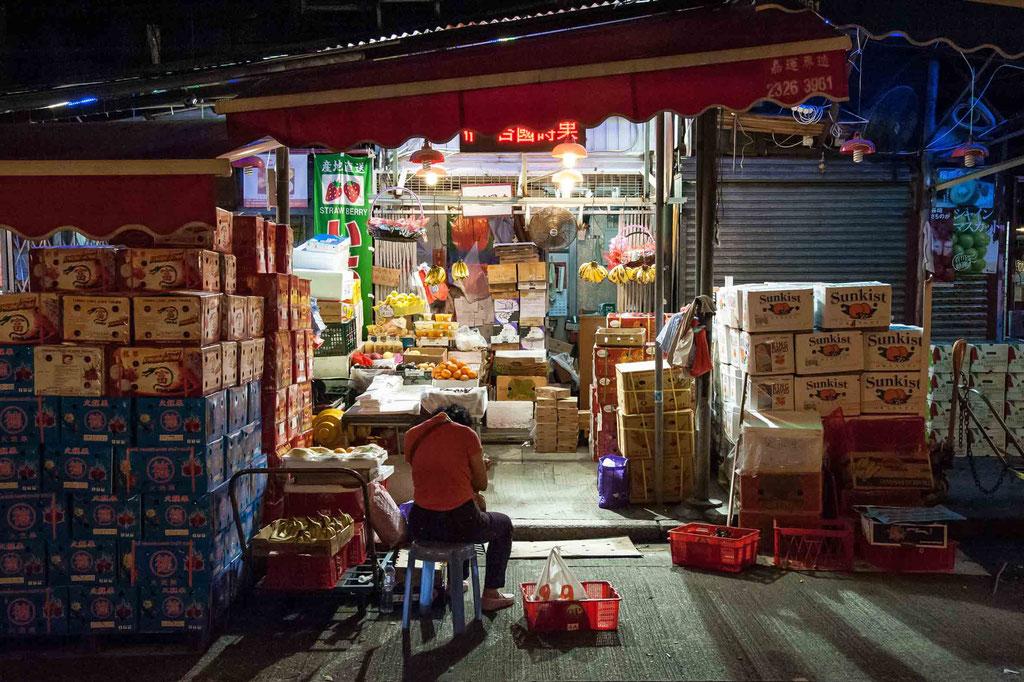 Reclamation Street Fruit Market, Kowloon (HK)