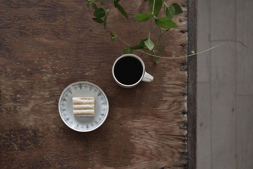 ラムレーズンバターサンドでコーヒータイム