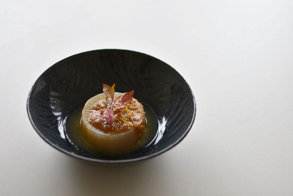 柚子味噌だいこん 藍のうつわで たくまポタリー