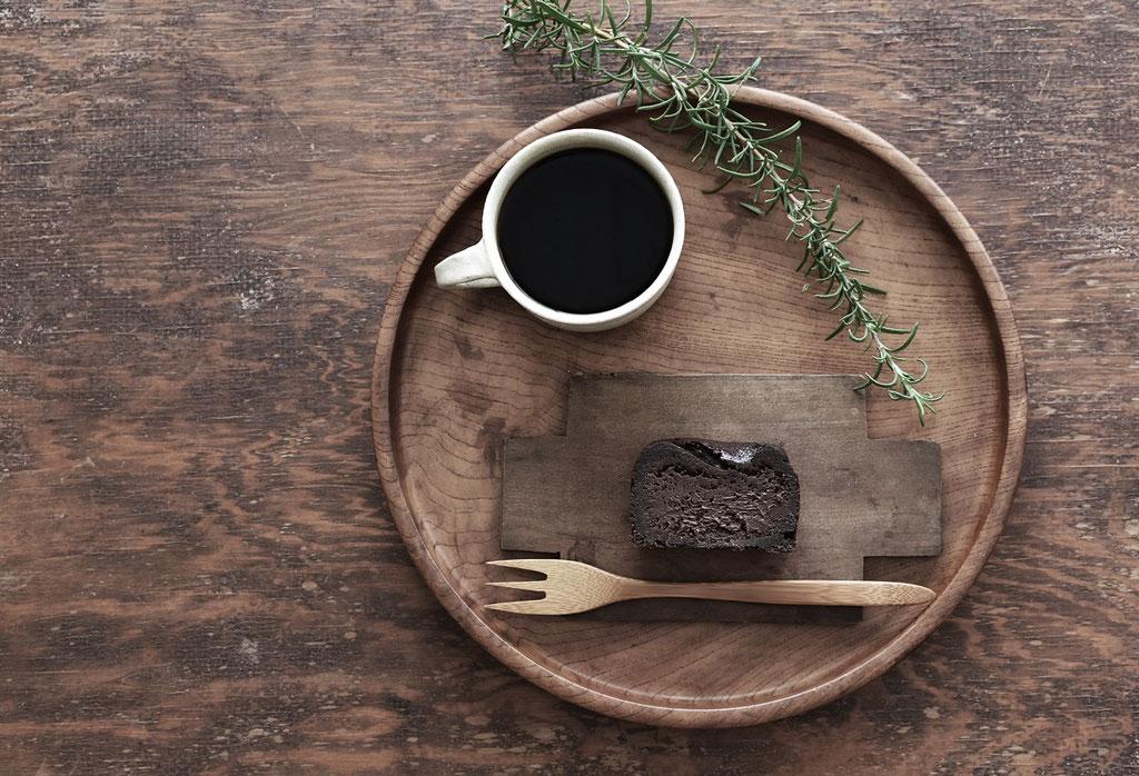 しっとりこっくりチョコレートケーキ