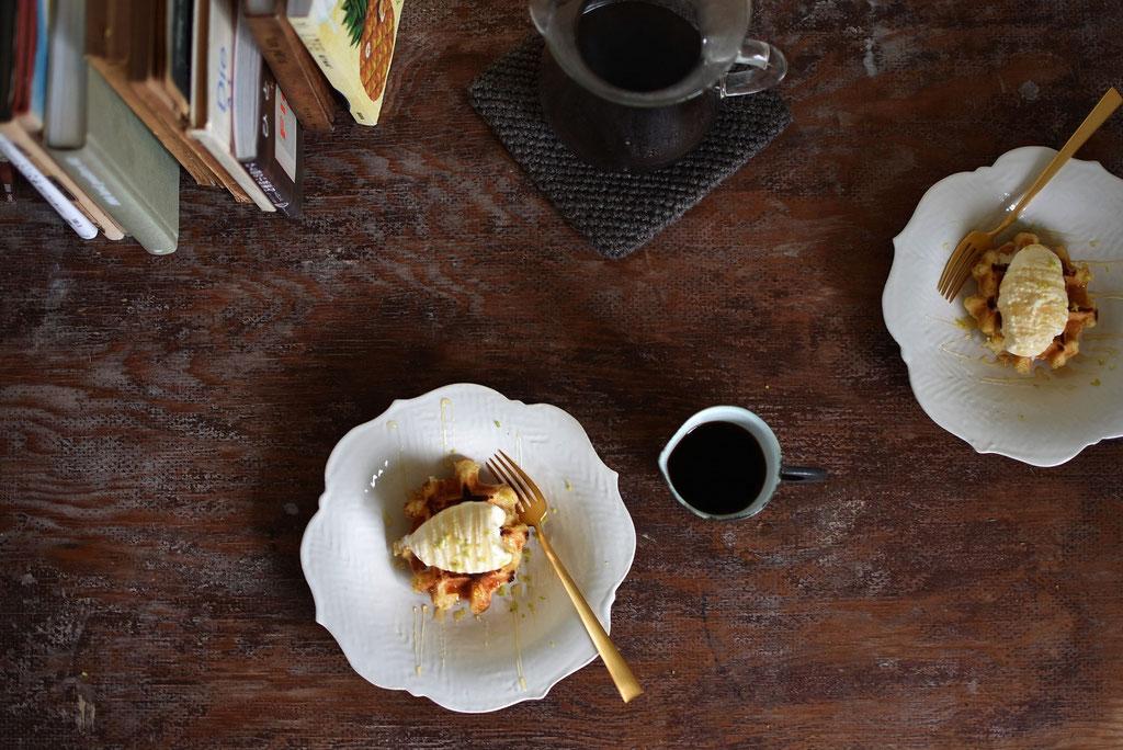 リンカ皿でワッフルアイスのせ よくばりプレート