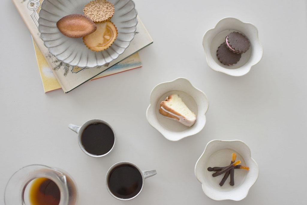 焼き菓子がいっぱいのコーヒータイム