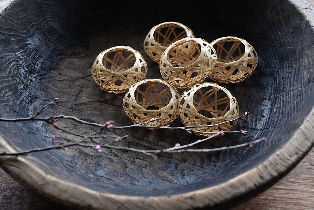 竹工芸の手拭立て