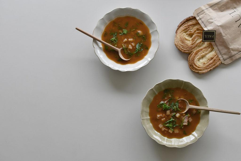 たくまポタリー新作、ひなげし皿でスープをいただきます