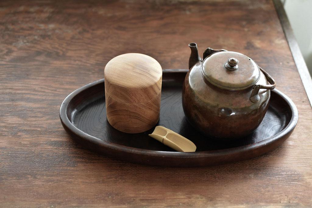 古道具ばかりのお茶セット