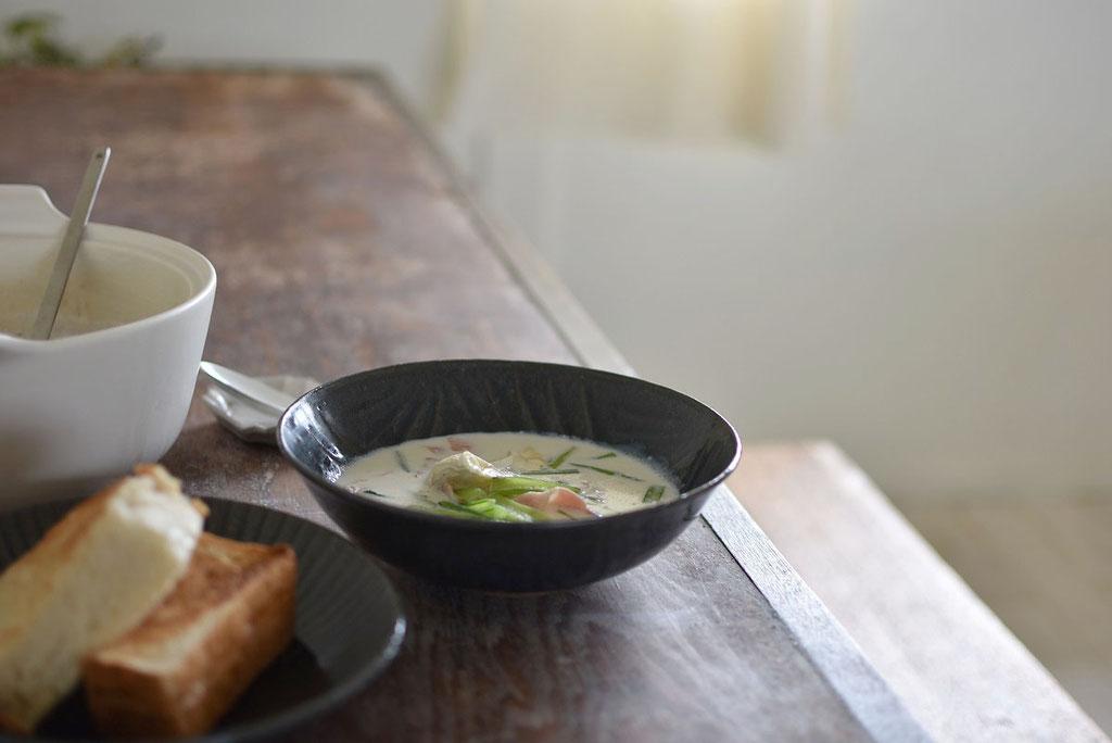 寒い日はあたたかいお部屋でほっこりスープ