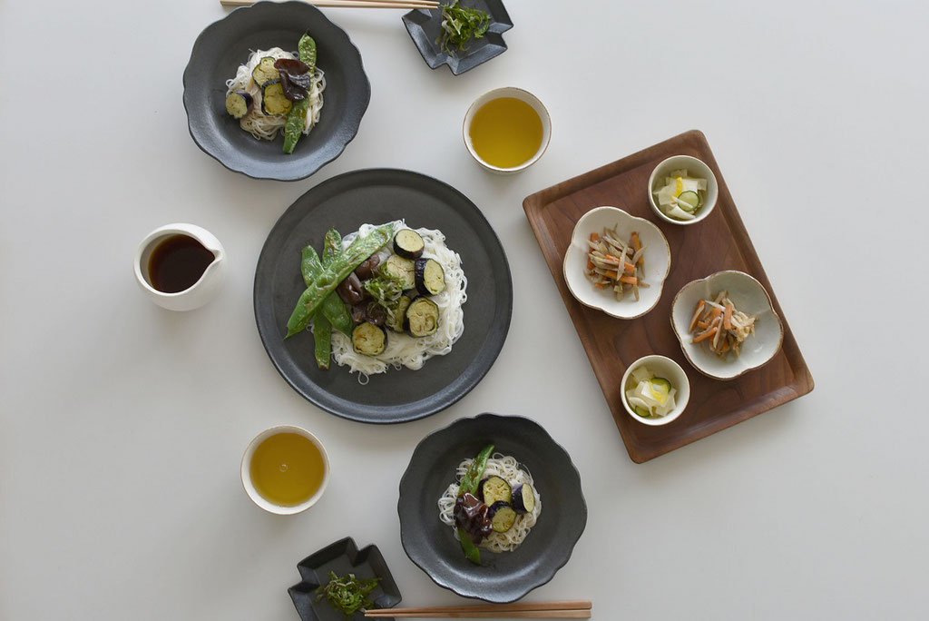 暑い日はやっぱり素麺 夏野菜が美味しい