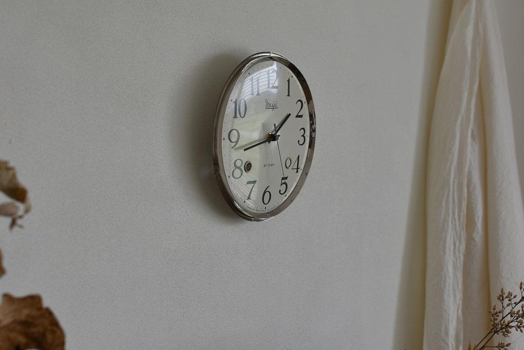 やさしく時を刻んでくれる古い振り子時計にリメイク